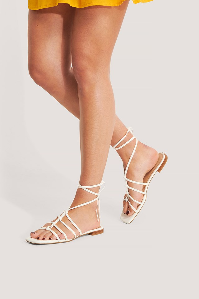 Crossed Straps Flats Offwhite