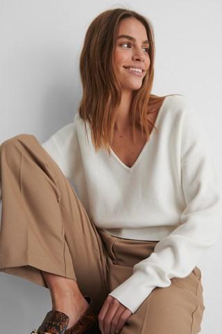 White Deep V-neck Knitted Sweater
