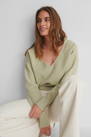 Light Green Deep V-neck Knitted Sweater