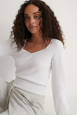 White Detailed Neckline Knitted Sweater