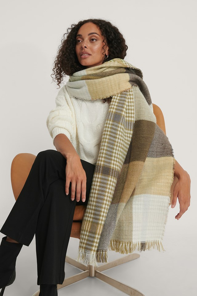 Double Sided Checkered Scarf Black/White