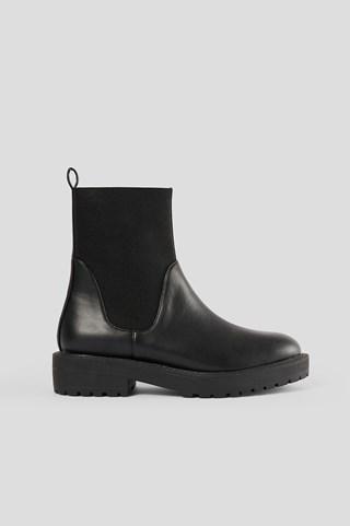 Black Elastic Shaft Chelsea Boots