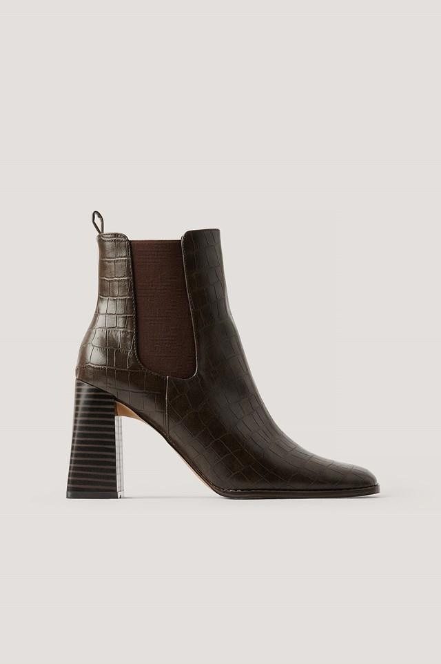 Flared Block Heel Boots Brown