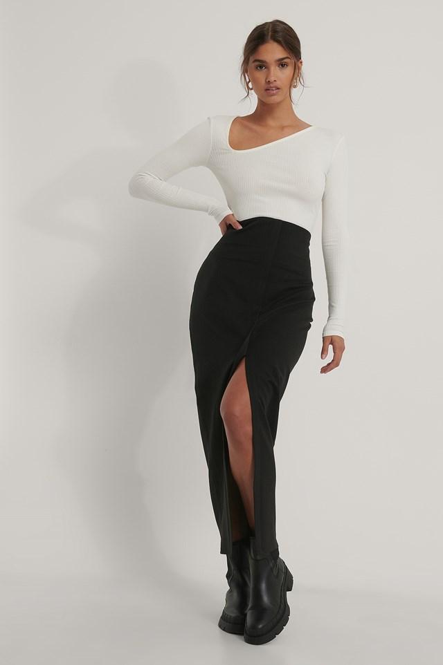 Front Slit Maxi Skirt Black