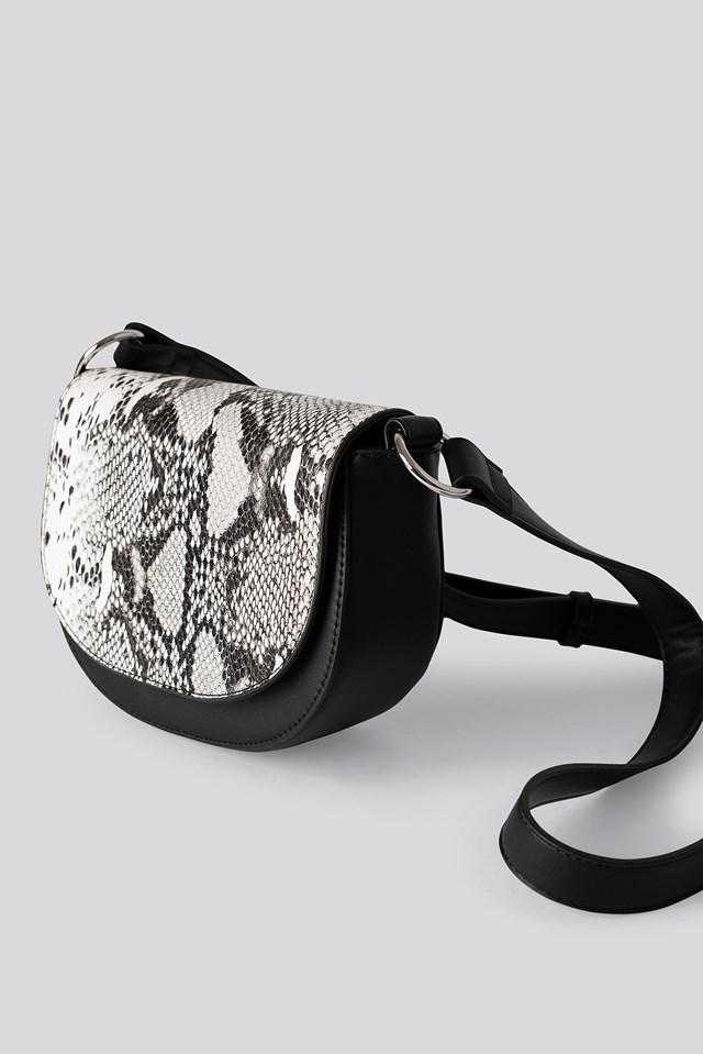 Halfmoon Saddle Bag Black/White
