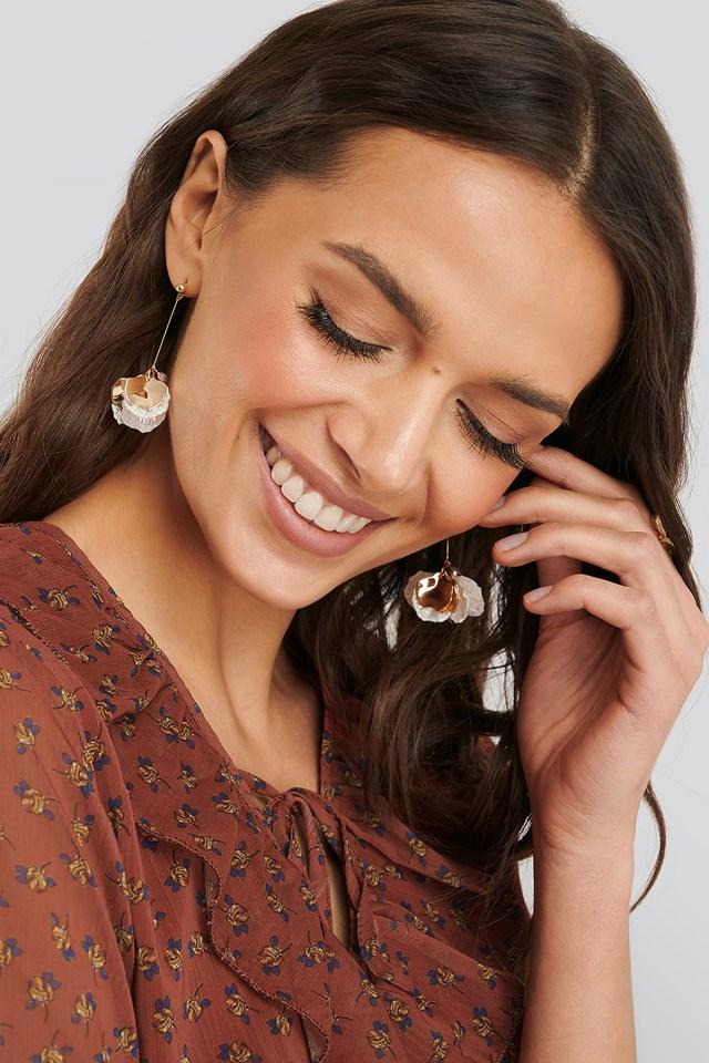 Hanging Flower Detail Earrings Gold