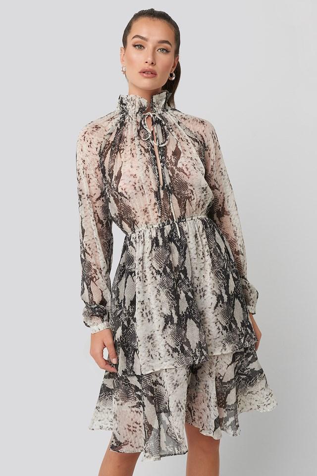 High Frill Neck Dress NA-KD Boho