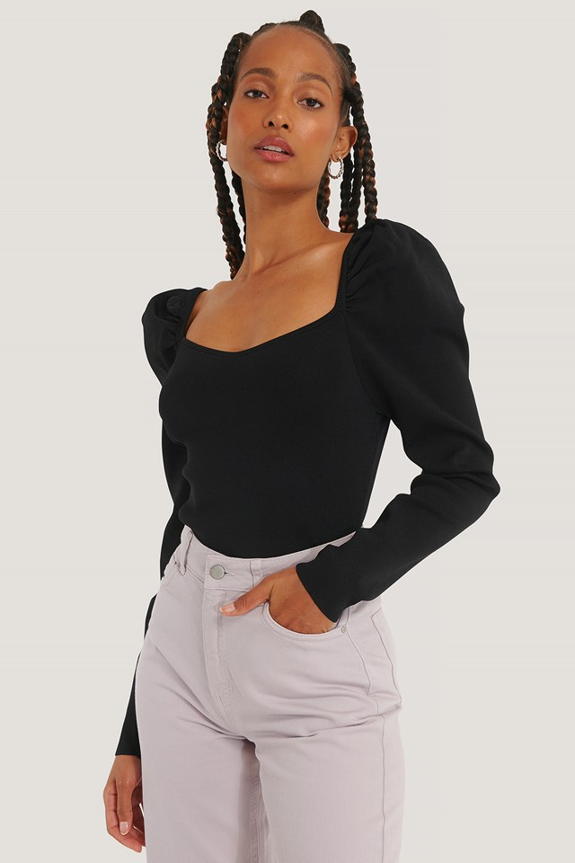 Light Knitted Puff Sleeve Sweater Black
