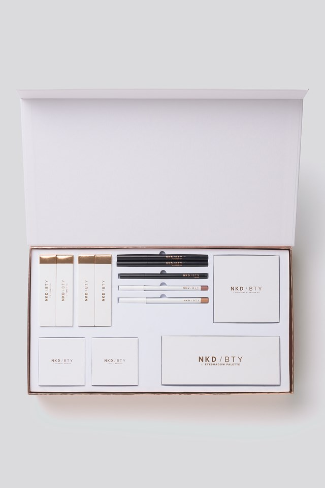 Limited Edition Makeup Kit - All You Need Mila