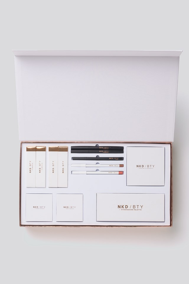 Limited Edition Makeup Kit - All You Need Luna