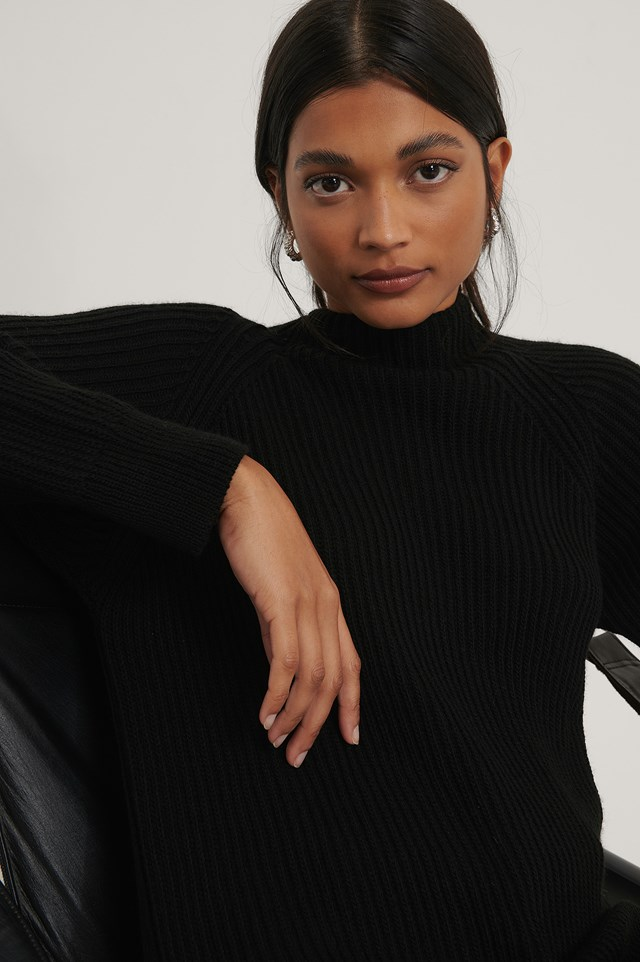 Long High Neck Knitted Sweater Black