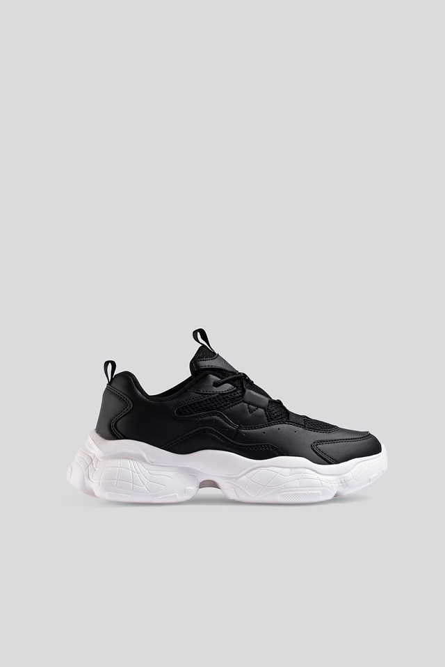 Loop Lacing Structured Trainers Black