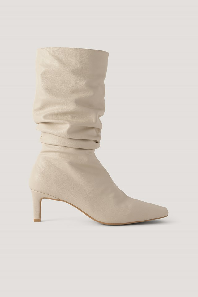 Loose Extended Squared Toe Boots Natural
