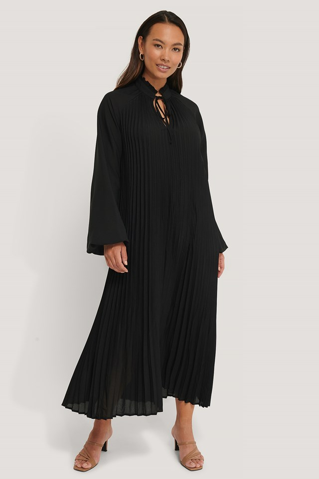 Midi Pleated Balloon Sleeve Dress Black