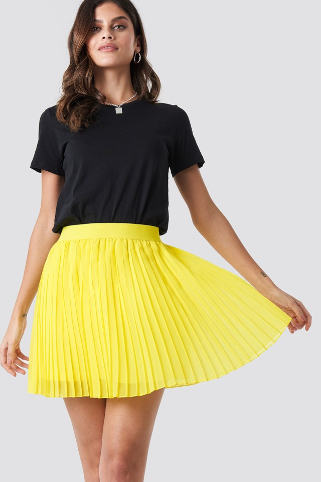 Mini Pleated Skirt Yellow