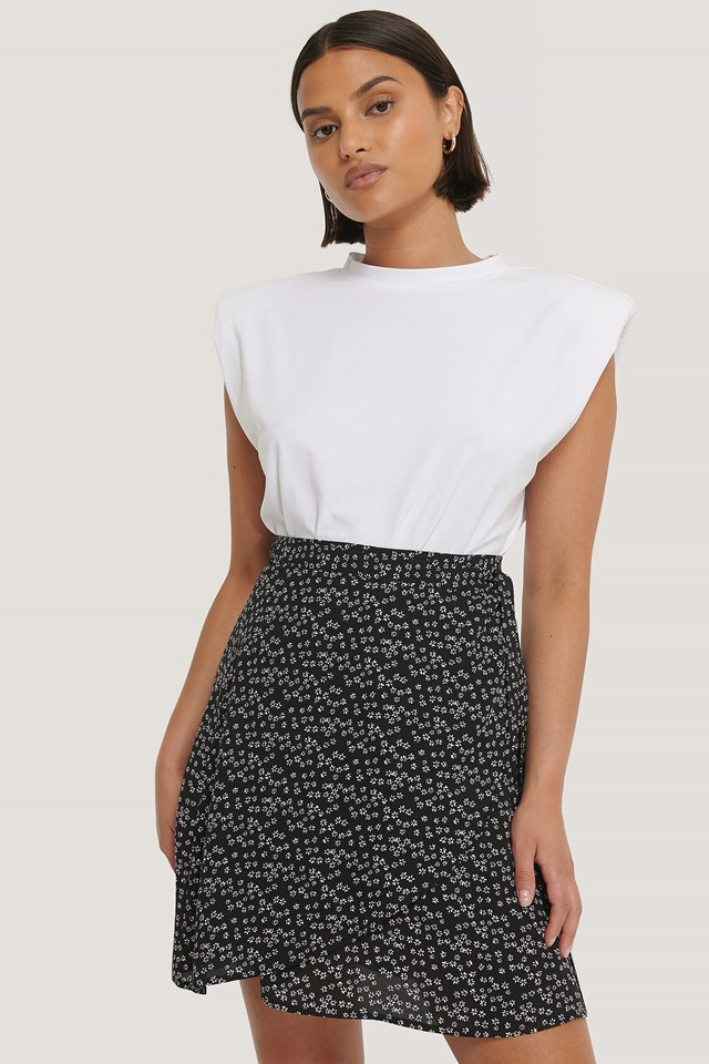Mini Wrapped Skirt Black/White Flower Print