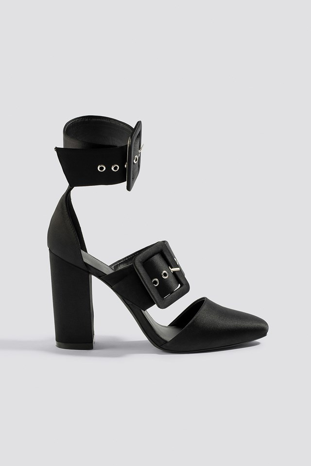 Multi Buckle Block Heels NA-KD Shoes