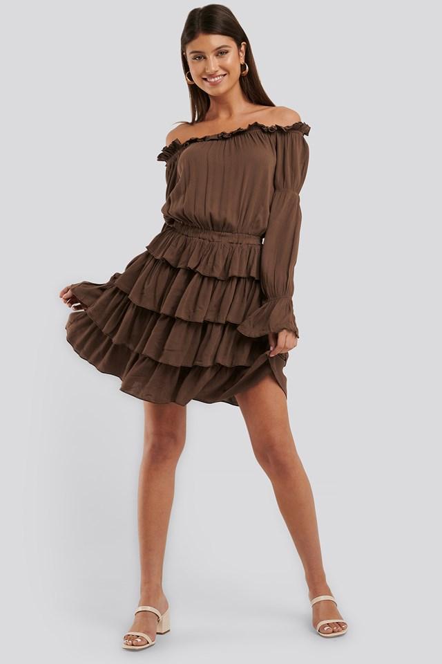 Off Shoulder Layer Frill Dress Brown
