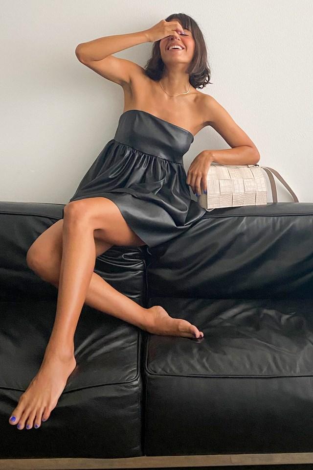 Off Shoulder Mini Dress Black