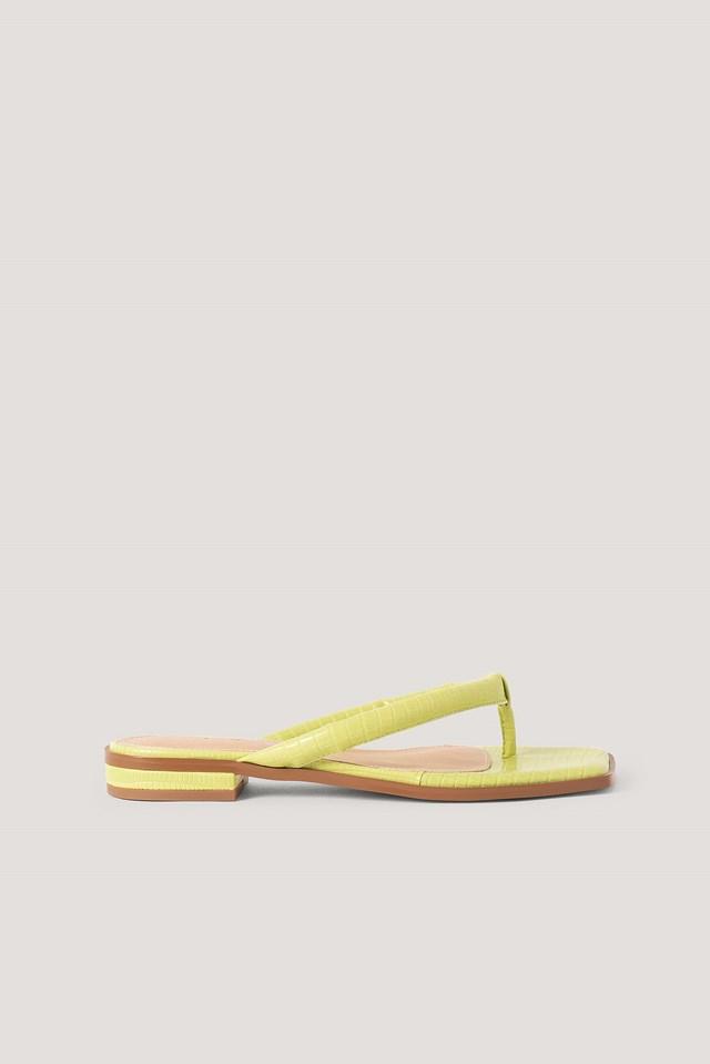Padded Strap Flip Flops Lizzard