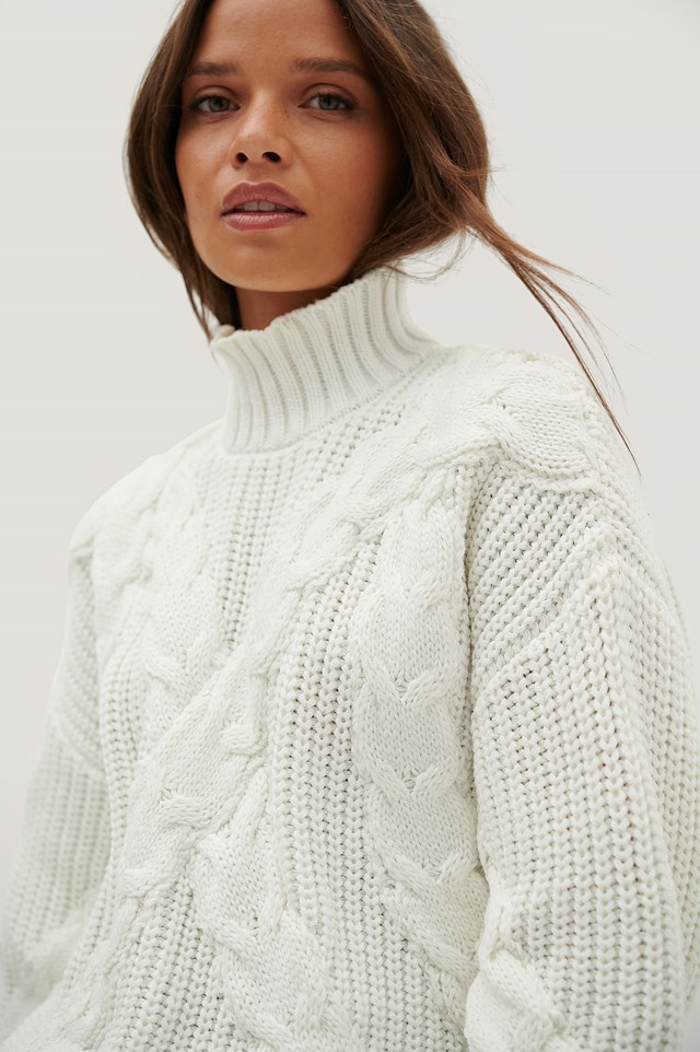 Oversized Cable Sweater Offwhite