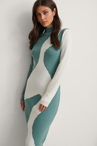 Blue/White Pattern Knitted Dress