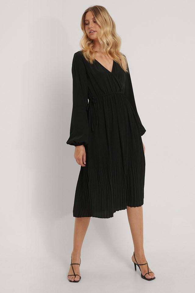 Pleated Skirt Midi Wrap Dress Black