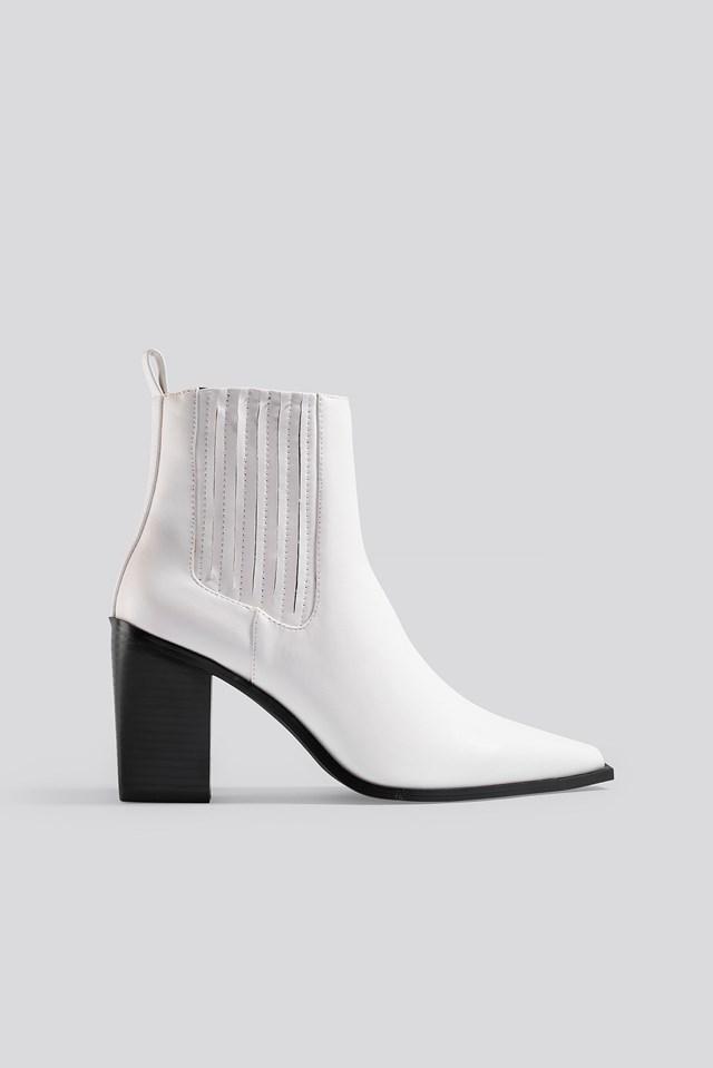 Pointy Block Heel Boots White