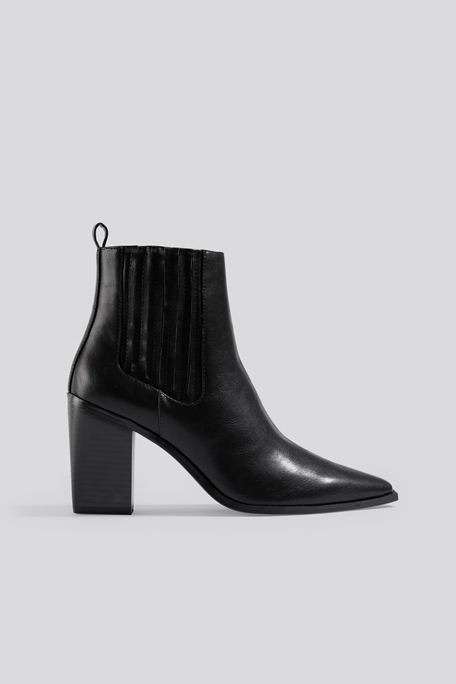 Pointy Block Heel Boots Black