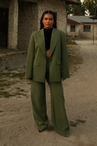 Green Pointy Collar Oversized Blazer