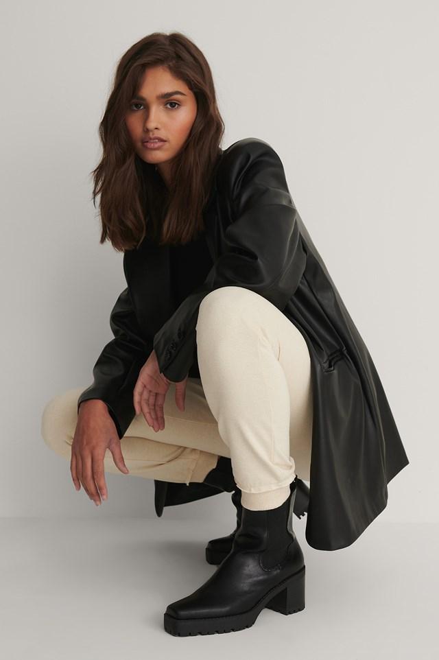 Profile Sole Squared Toe Boots Black