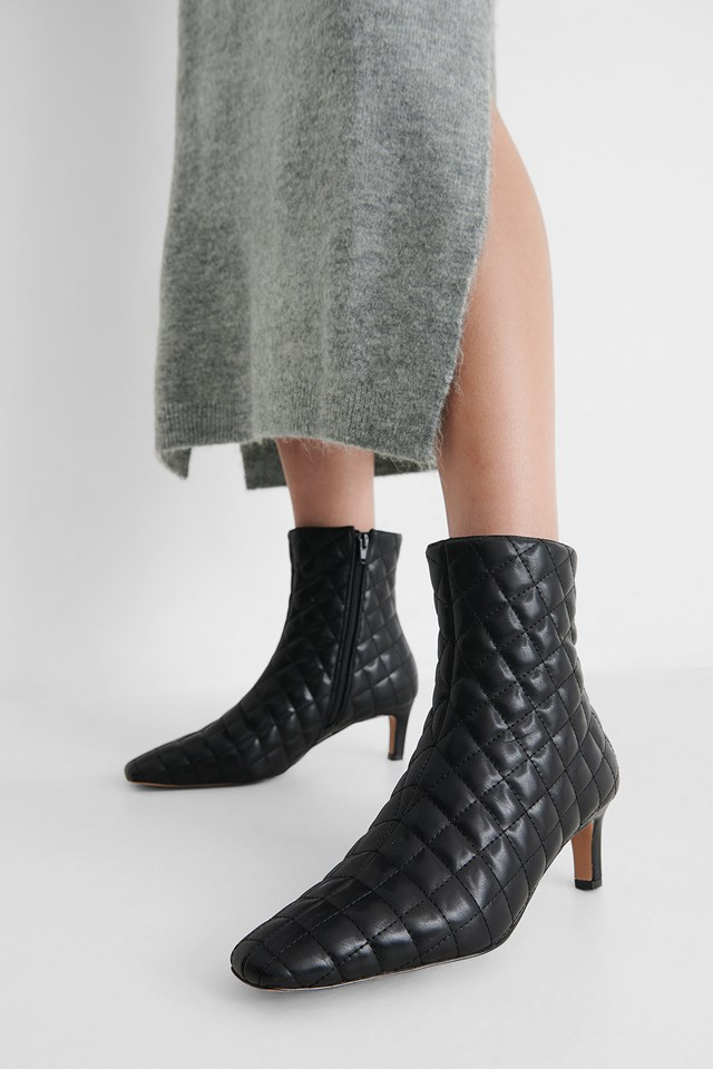 Quilted Extended Squared Toe Boots Black