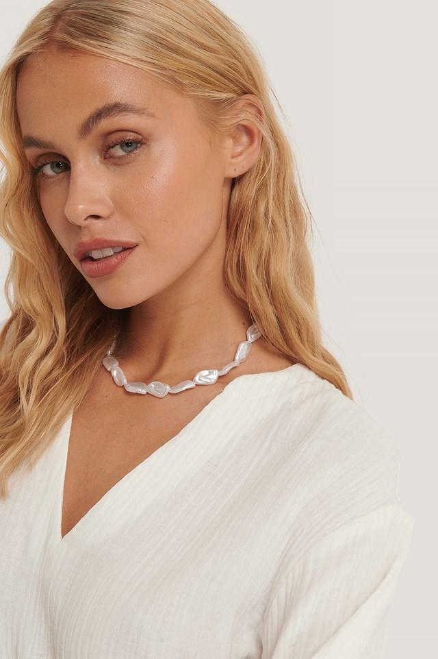 Rhombus Pearl Necklace White
