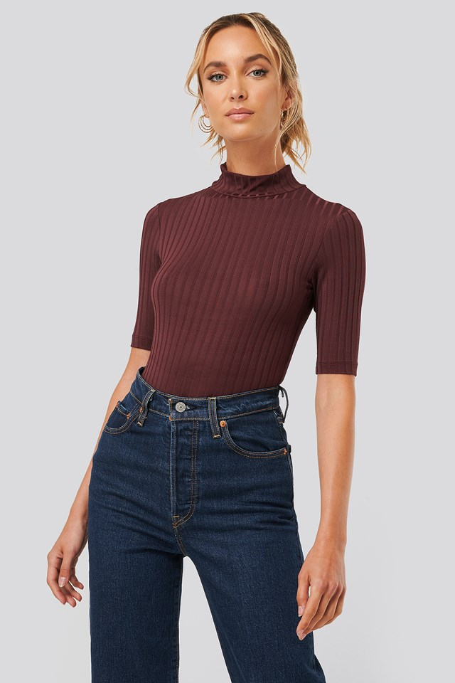 Ribbed High Neck Body Burgundy