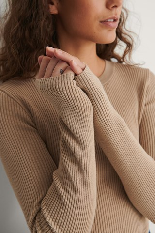 Beige Ribbed Knitted Round Neck Sweater