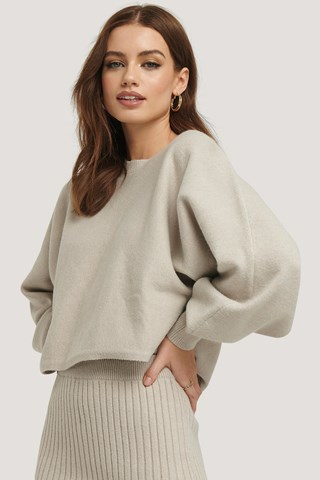 Beige Round Neck Cropped Knitted Sweater