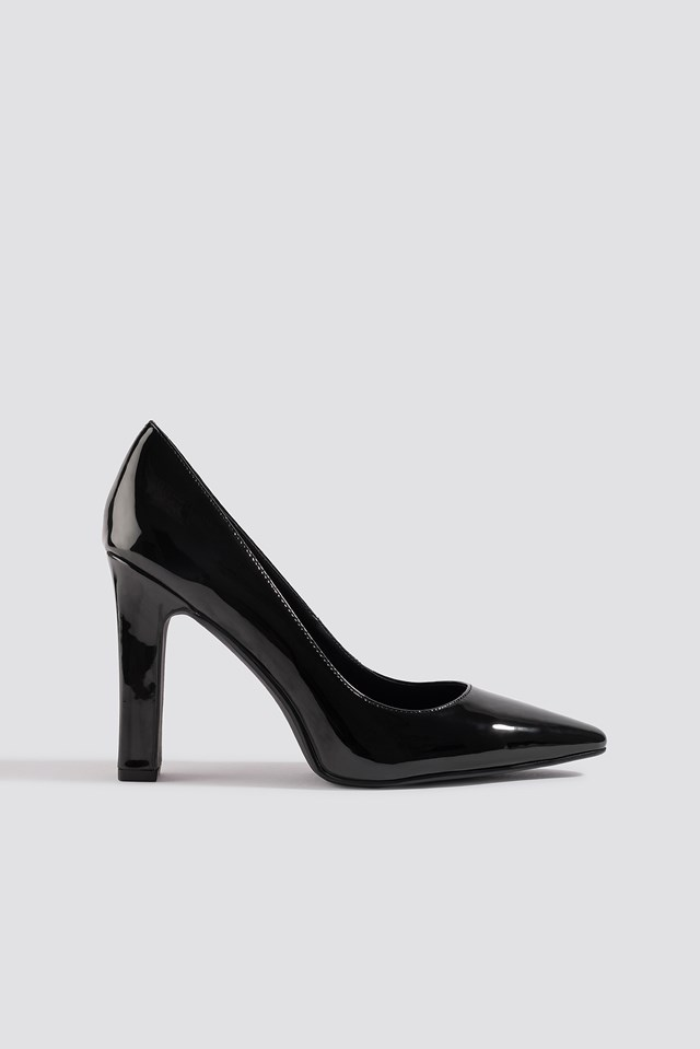 Rounded Toe Pumps Black
