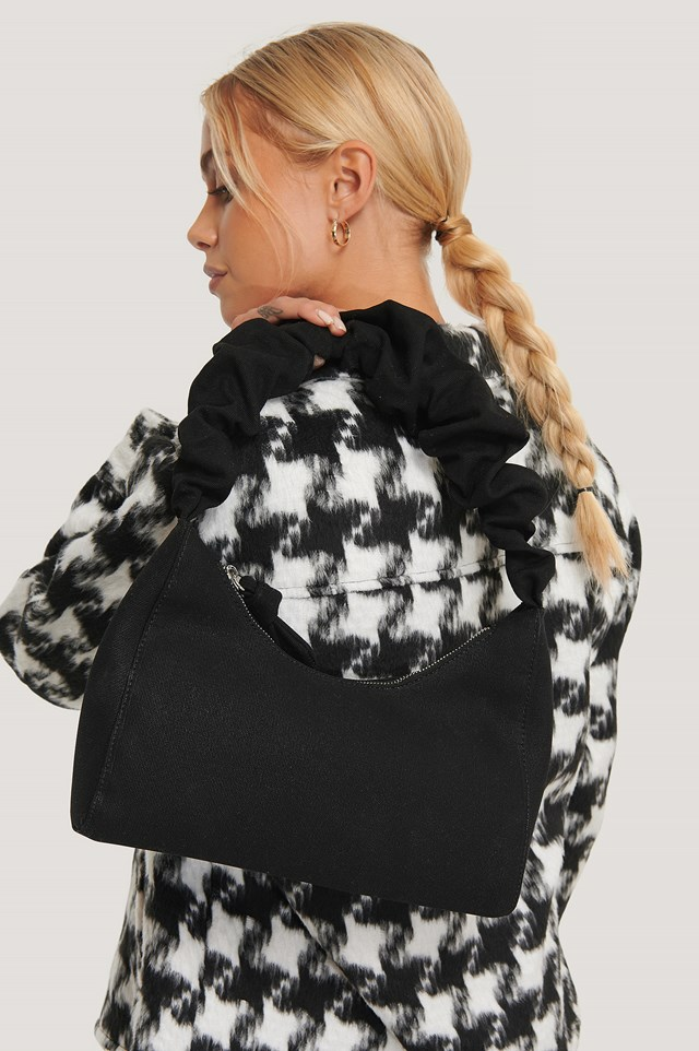 Ruffle Strap Baguette Bag Black