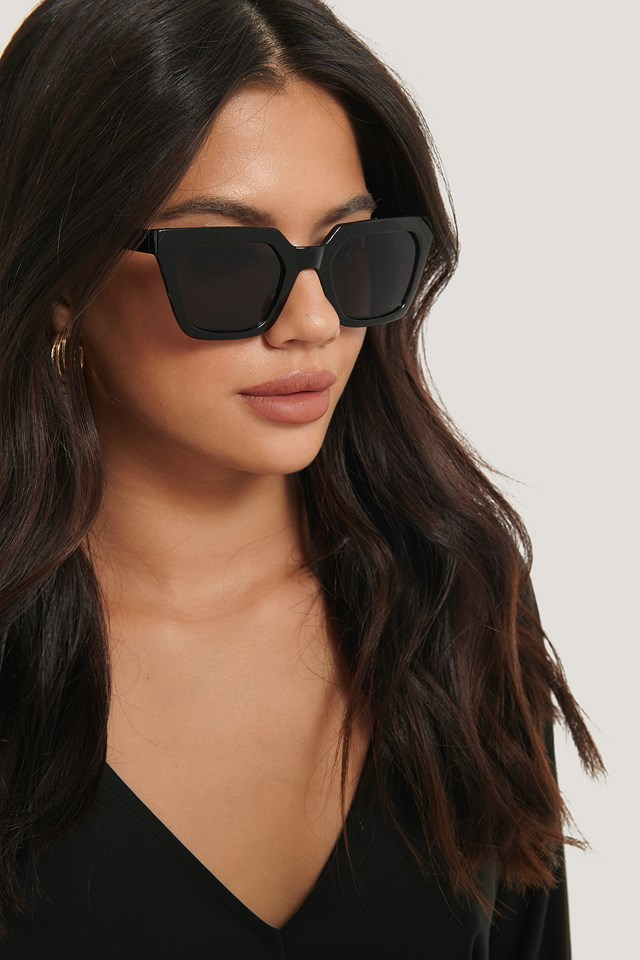 Sharp Edge Square Sunglasses Black
