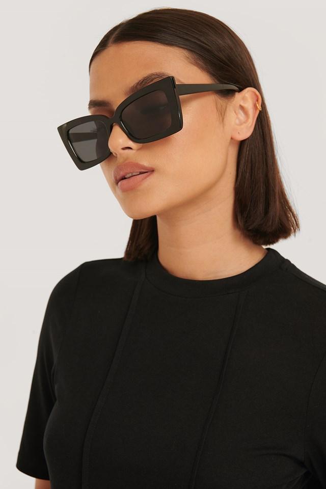Sharp Trapeze Frame Sunglasses Black