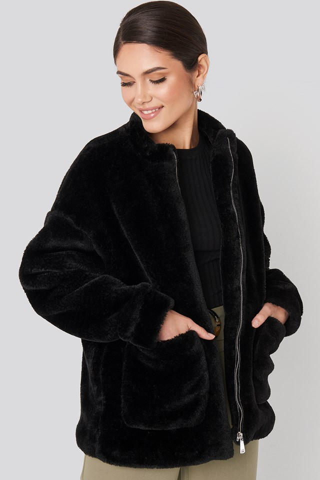 Short Front Pocket Faux Fur Jacket NA-KD