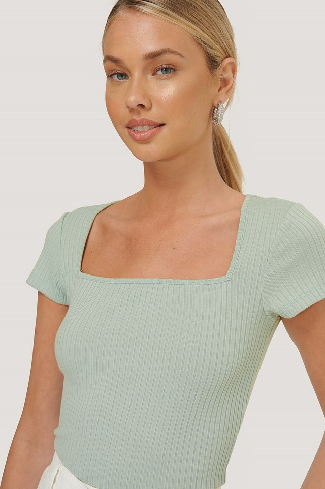 Square Short Sleeve Top Dusty Light Green
