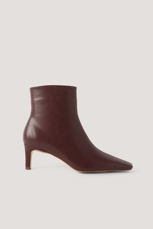 Squared Long Toe Ankle Boots Burgundy