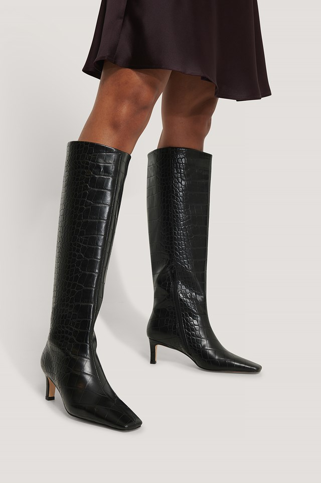 Squared Long Toe Shaft Boots Black