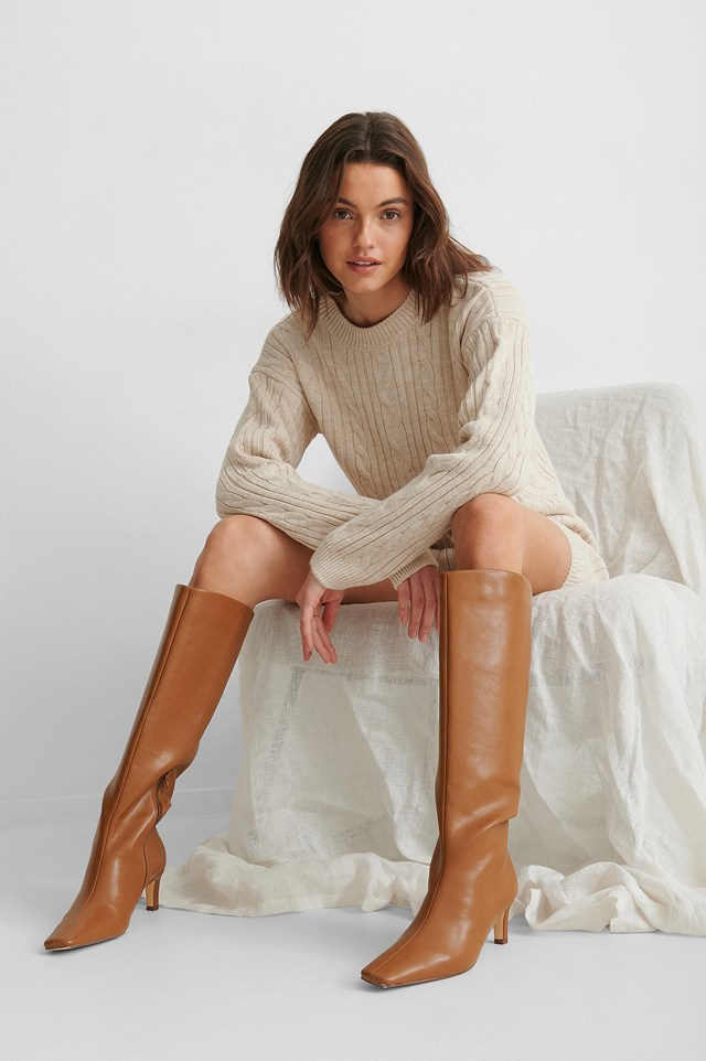 Squared Long Toe Shaft Boots Brown