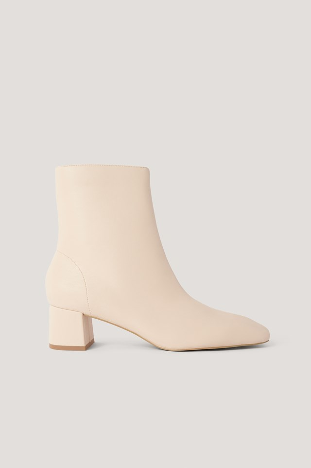 Squared Slanted Toe Low Boots Beige