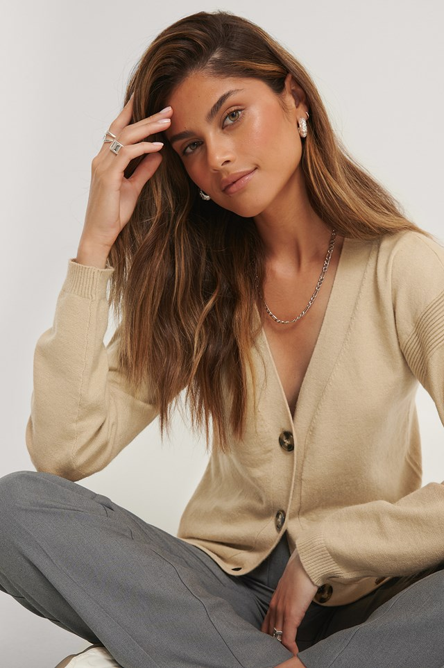 Buttoned Knitted Cardigan Beige