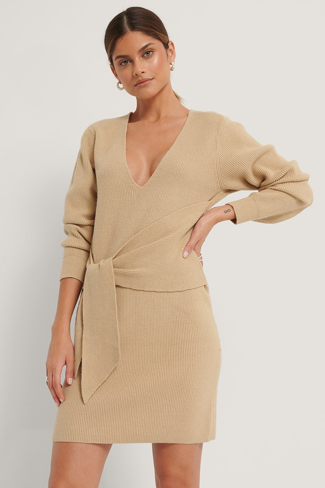 Front Knot Knitted Dress Beige
