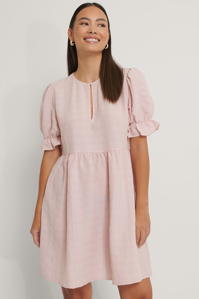 Structured Front Key Hole Dress Dusty Pink