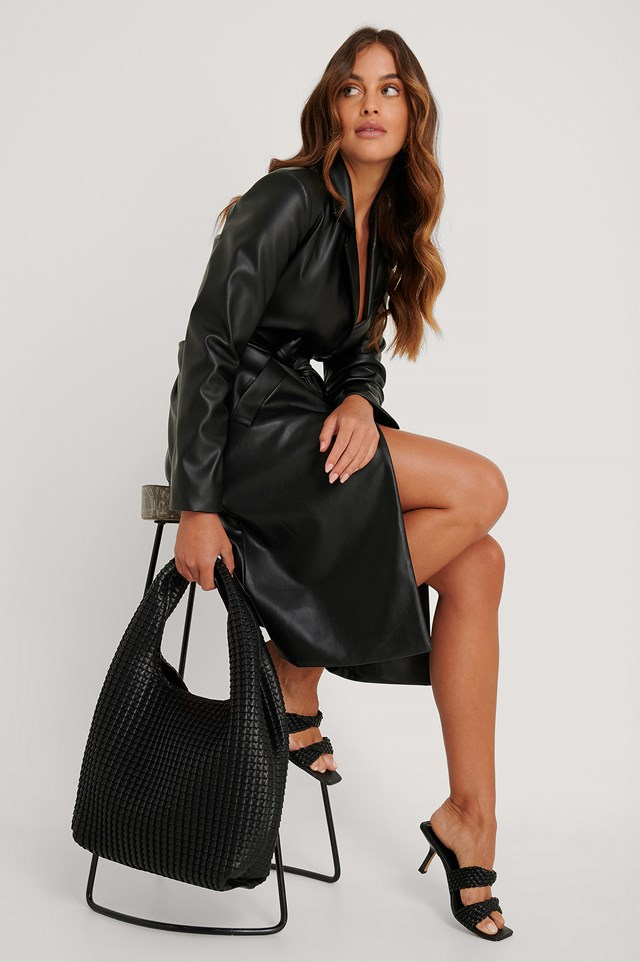 Structured Hobo Tote Bag Black